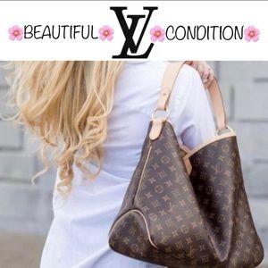 ❇️MUST-HAVE❇️ ICONIC Shoulder bag